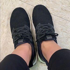 Adidas Ultraboost | 9 🖤